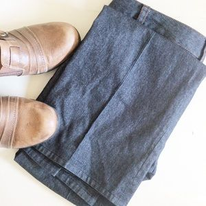 Zara Basic Pleated Jeans